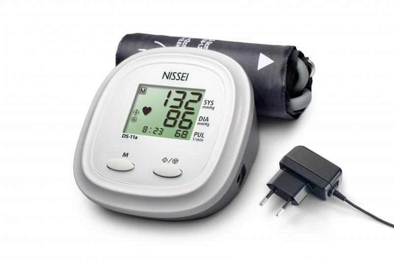 Nissei DS11a automata felkaros vérnyomásmérő, 1 db